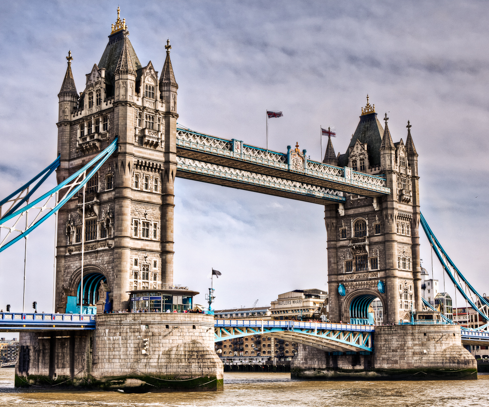 cfrobins_110501_4378_london_tower-bridge-hdr