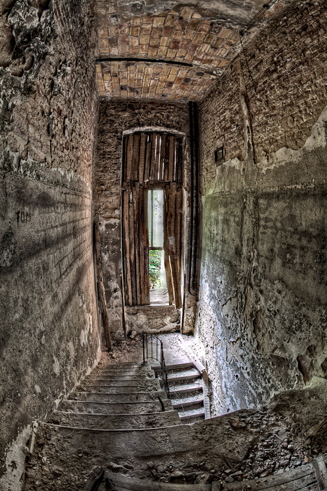 East Berlin: Beelitz Sanatorium Staircase